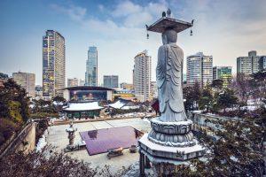 תרגום לקוראנית בתמונה: נוף עירוני של סאול, דרום קוריאה